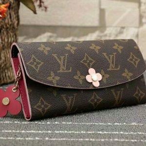 7453099d5508 Women s Louis Vuitton Pink Flower Bag on Poshmark